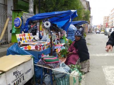 Commerce de rue, acvenur Illampu1
